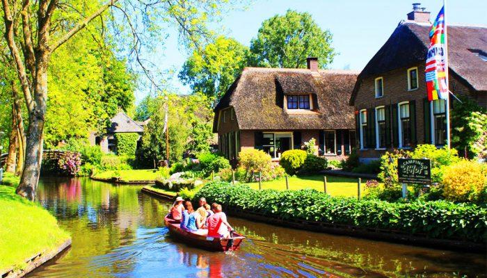 Fluisterbootjes Weerribben-Wieden en Giethoorn